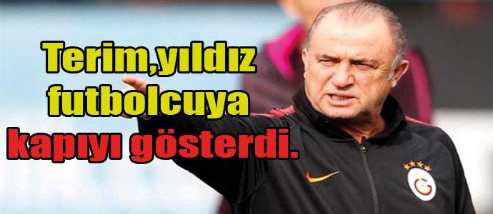 Fatih Terim Türk asıllı İsveçli futbolcu Jimmy Durmaz'a kapıyı gösterdi